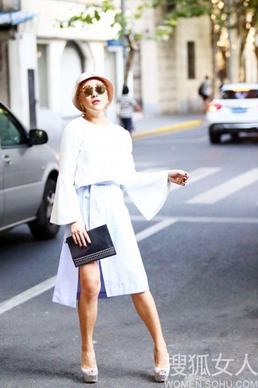 时尚名媛茜茜玩街头时装风 打造时尚新视点